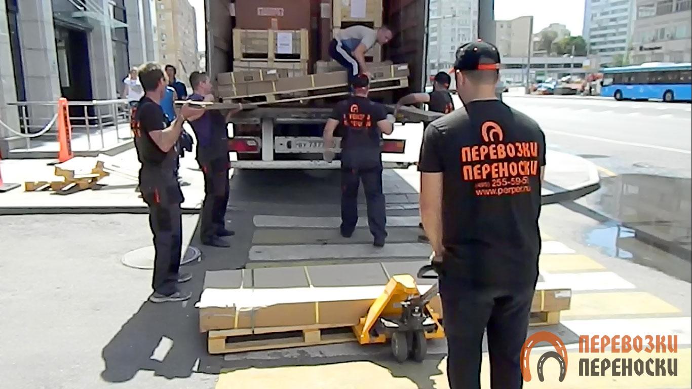 Перевозка на фурах ТК «Перевозки-Переноски»